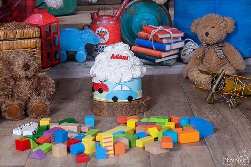 סמאש קייק בנים עם צעצועים בגנון וינטאג' משגע