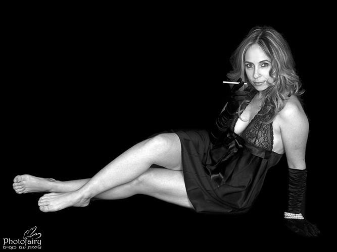 צילום אומנותי נשים- בשחור לבן סקסי
