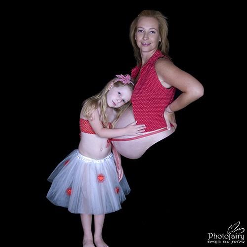 אמא ובת בצילומי הריון משגעים כולל סטיילינג