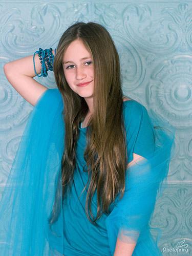 צילום מקצועי לבת 12- באיפור עדין