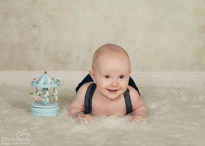 צילום תינוקות בסטודיו בסגנון קלאסי ונקי