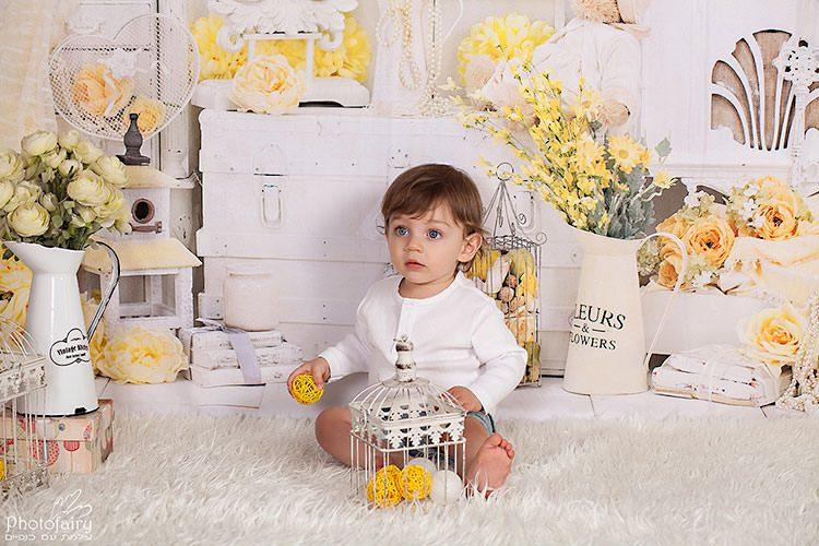 צילומי תינוקות בסגנון וינטאג' רטרו עם פרחים