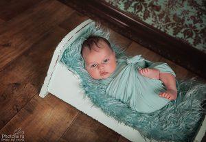 צילומי ניו בורן לתינוק ער