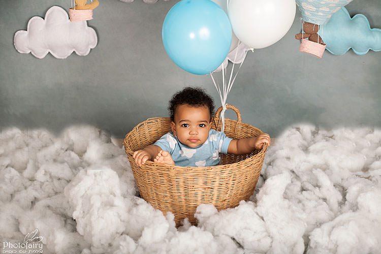 צילום תינוקות עם ענני צמר גפן