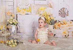 צילום תינוקות לכבוד גיל שנה