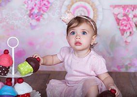 צילום תינוקות בסטודיו מהמם עם מלא אביזרים