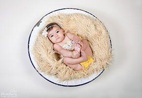 צילום תינוקות בגיל חצי שנה