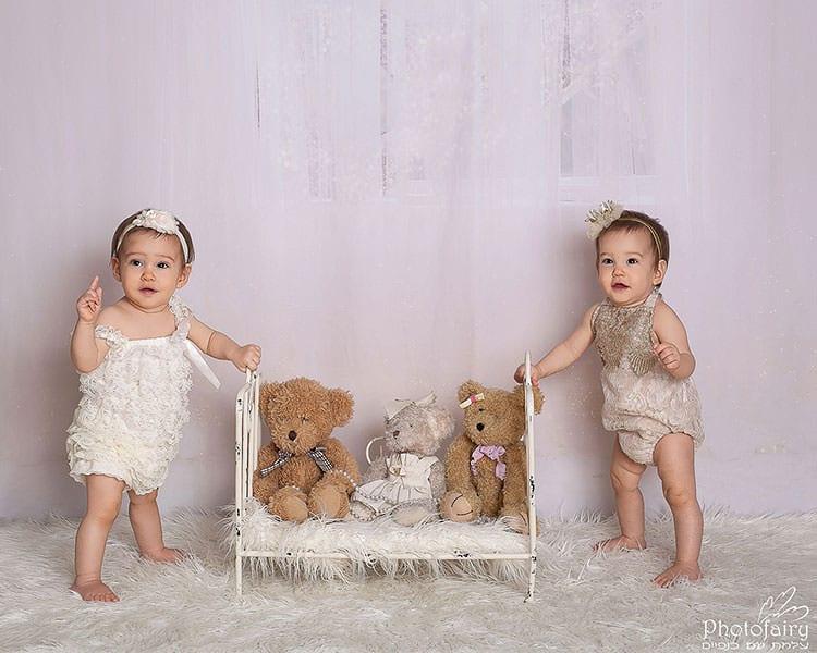 צילום תאומות בנות שנה, בסגנון רומנטי