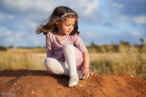 צילומי ילדים בטבע- פורטרט לילדה